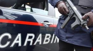 carabinieri inseguimento mitra