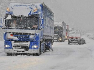 NEVE CAMION CATENE