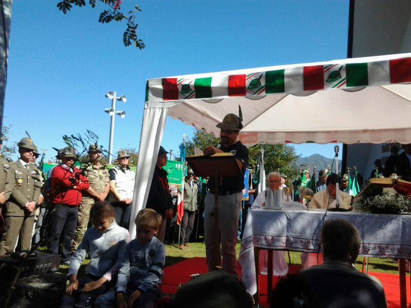 http://lecconews.lc/wp/wp-content/uploads/2013/09/ALPINI-BETULLE-2013-26.jpg