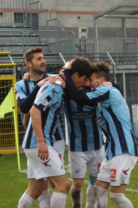 Calcio Lecco Esultanza Romeo Bugno Capogna