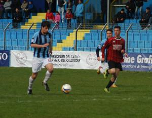 Calcio Lecco Pro Piacenza Discesa Bugno