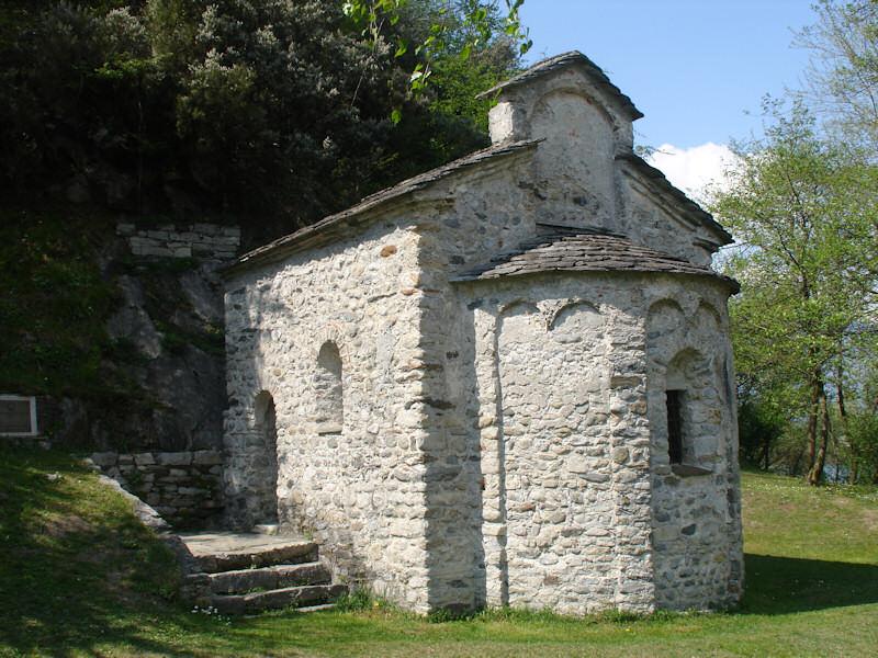 San-Fedelino-Tempietto