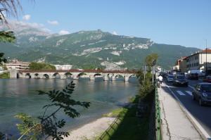Ponte Azzone Visconti visto dalla riva di Malgrate, 2014