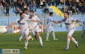 Niccolò Pupeschi Calcio Lecco Esultanza
