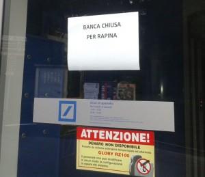 BANCA CHIUSA RAPINA