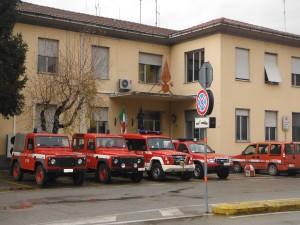 vigili fuoco caserma mezzi