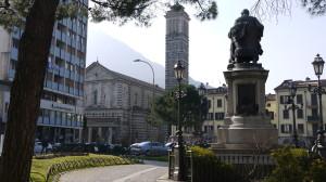 Piazza Manzoni e chiesa della Vittoria, Lecco, 2015