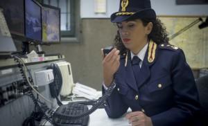 polizia stato donna