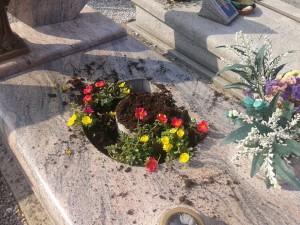 furto rame cimitero calolzio 3