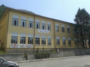 migranti profughi lecco maggianico scuola