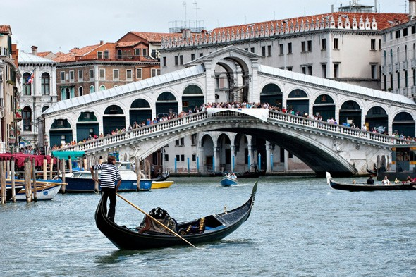 how to get a job in venice