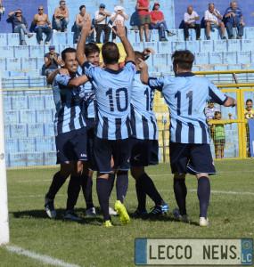 Calcio Lecco Esultanza 01