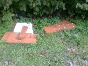 Parcheggio Olginate mobili abbandonati