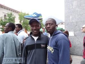 manifesta scalzi migranti 106