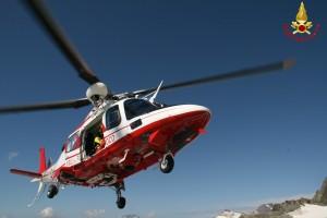 vigili del fuoco elicottero drago pompieri