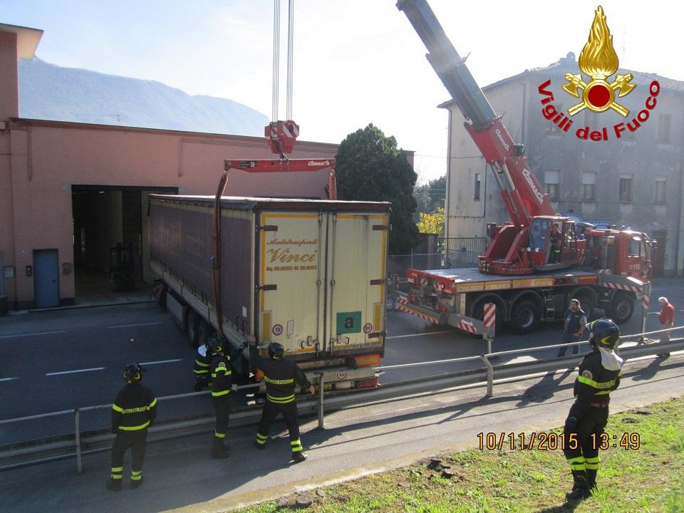 vvf vigili fuoco camion pescate 4