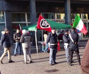 casapound lecco fascisti 1