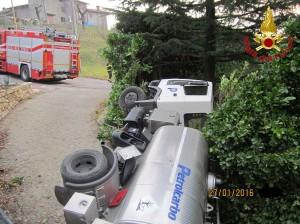 vigili fuoco pompieri autocisterna monte marenzo 3