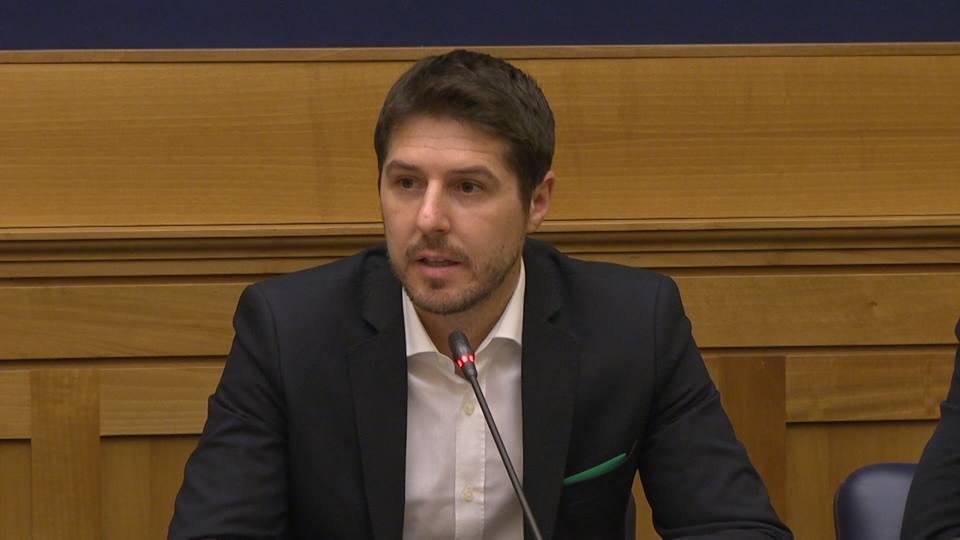 Maroni: bocciata legge sulle moschee