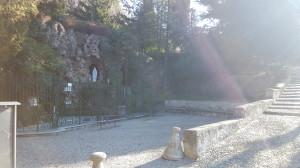 Grotta della Madonna di Lourdes, Acquate, 2016