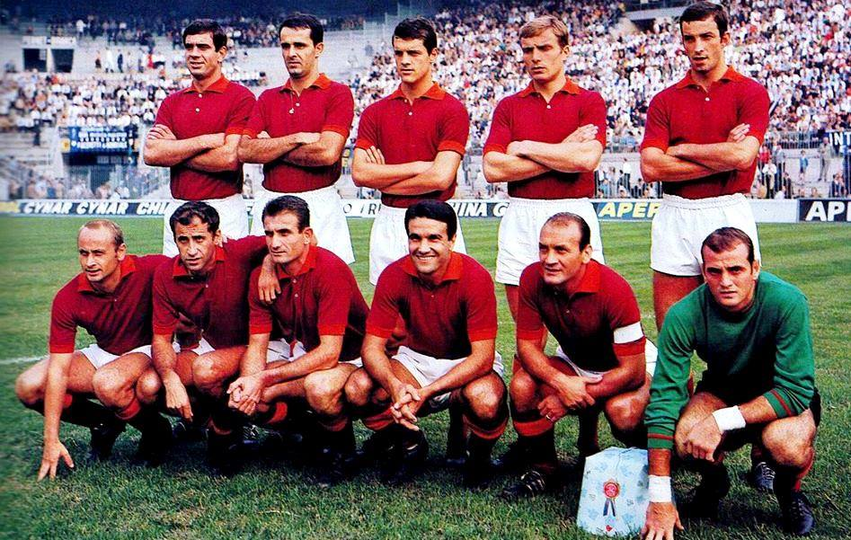 Associazione_Sportiva_Roma_1967-1968 sergio ferrari 2o dx