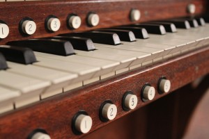 organ-1073069_960_720