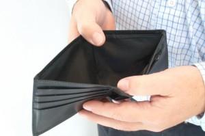 portafogli-vuoto-denaro-soldi