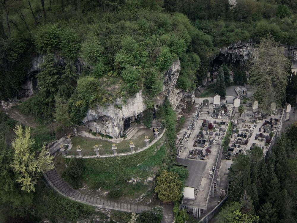 cimitero laorca drone