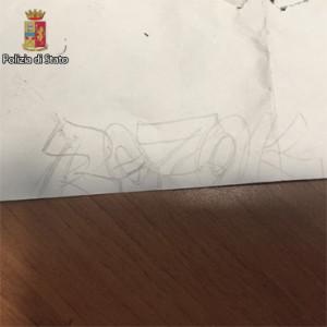 writers vandali maggianico 3