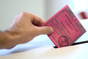 scheda-elezioni-urne-voto