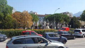 Piazza Manzoni e via Dante Alighieri visti da via Caprera, Lecco, 2016