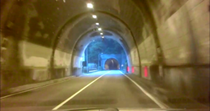 gallerie-perledo-varenna-light-3-564x300