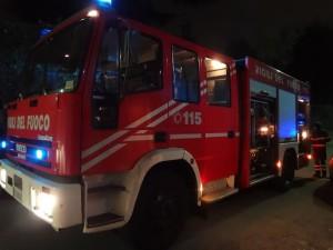pompieri-notte vigili del fuoco