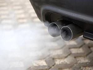 gas-di-scarico-auto
