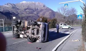 camion-ribaltato-noccoli3