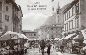 Un giorno di mercato in piazza XX settembre, Lecco, 1910