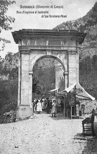 L'arco di accesso al sentiero per san Gerolamo, Vercurago, 1907