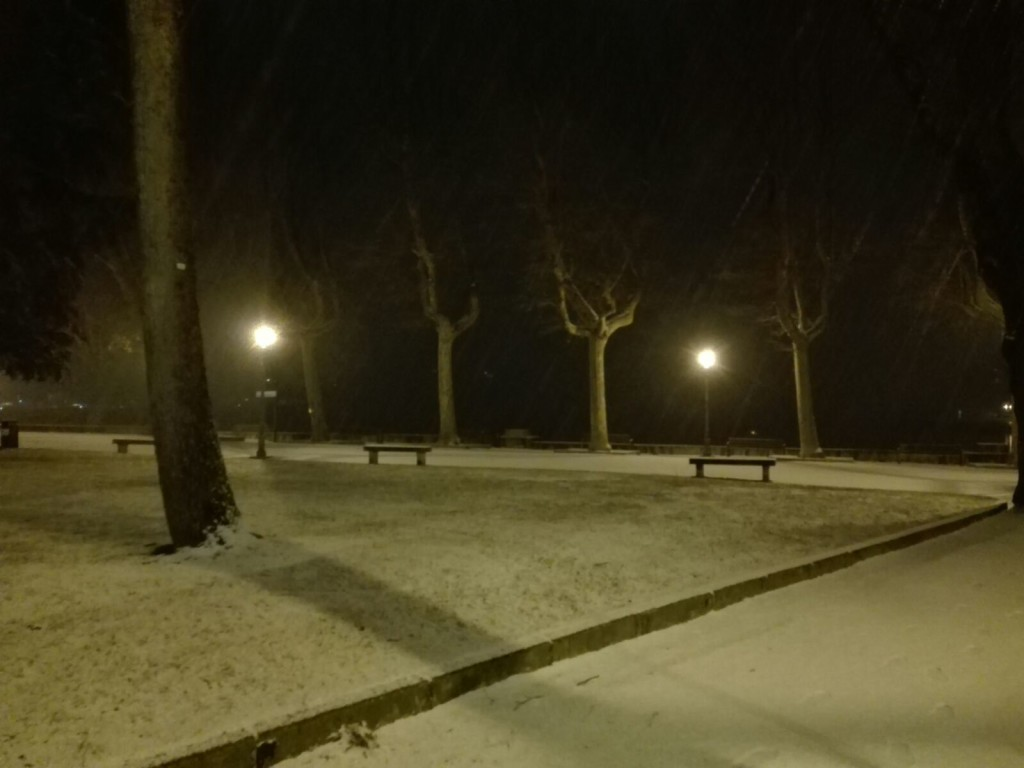 neve lecco lungolago