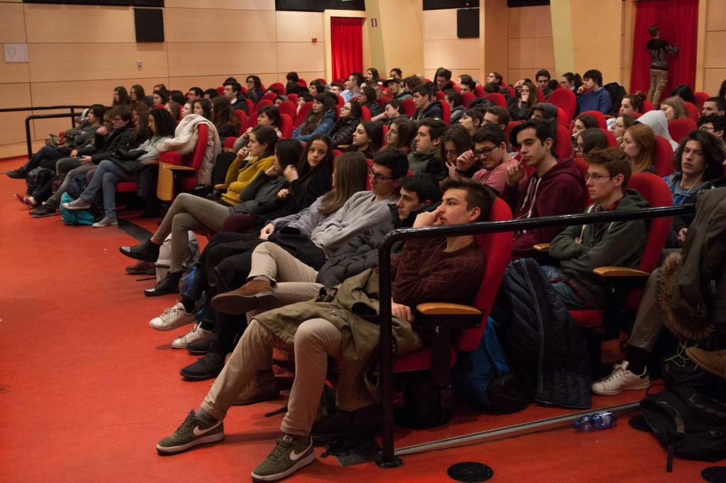 studenti grassi - amnesty - ticozzi (4)