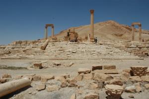 Palmira_Tempio_di_Allat_Atena_-_GAR_-_7-01
