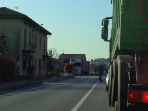 pescate-garlate camion traffico