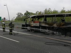 autobus fiamme pedemontana (3)