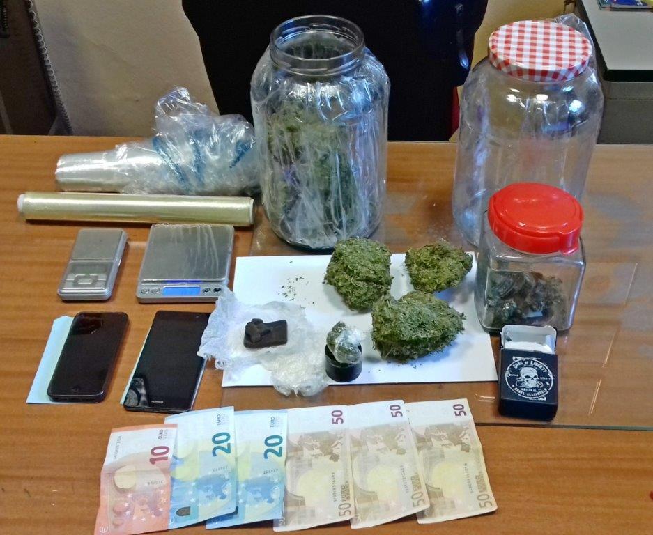 Albano, ovetti con sorpresa a base di droga: pusher 41enne arrestato