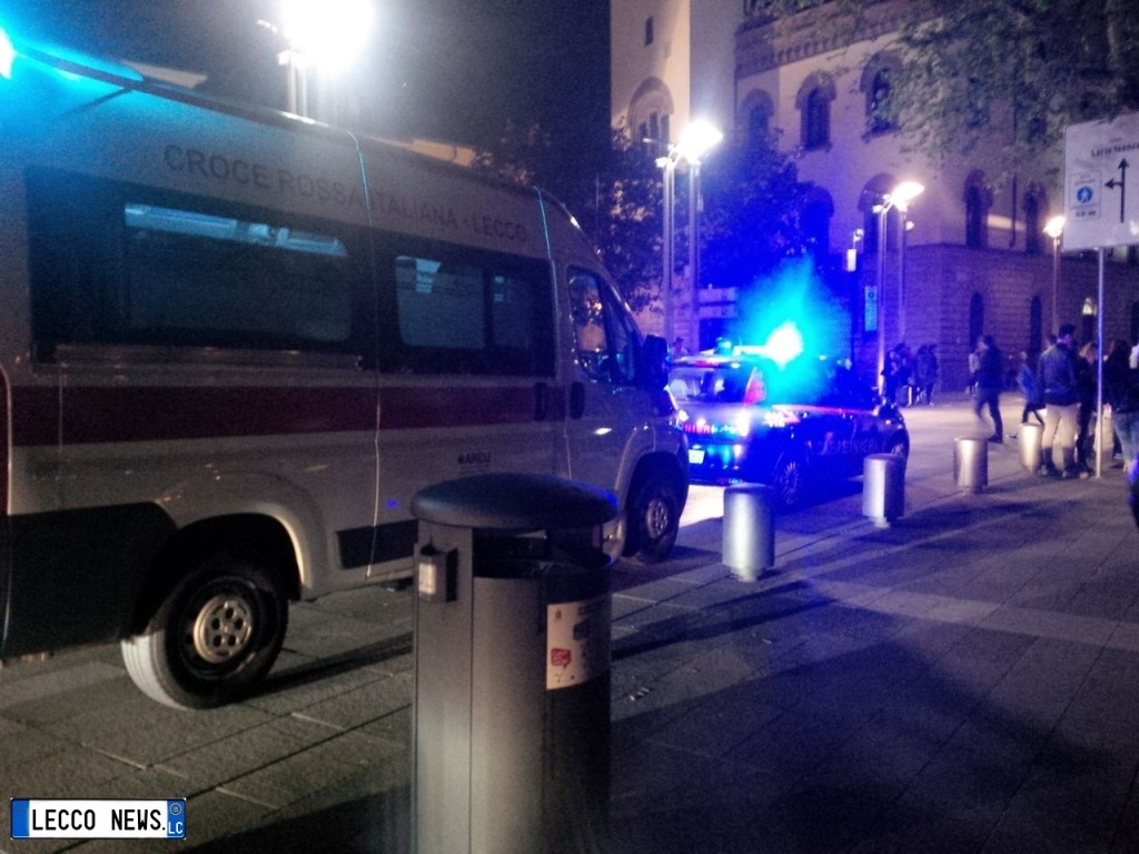 rissa lungolago cermenati ambulanza carabinieri