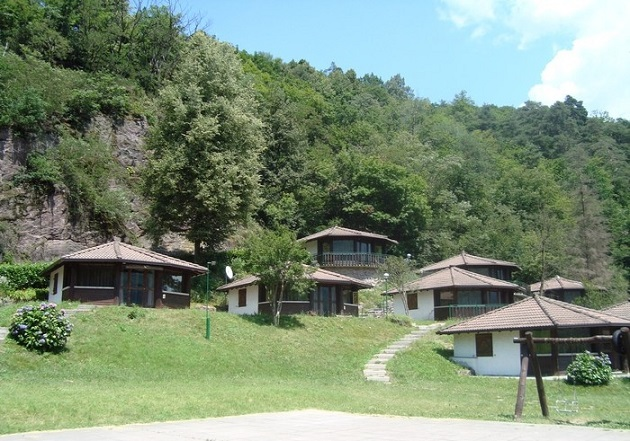 ROCCE ROSSE CAMPING TACENO