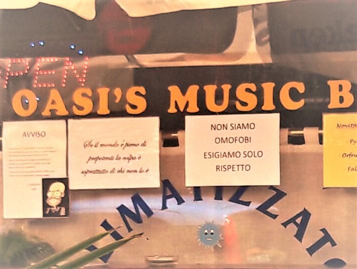 OASIS-MUSIC-BAR_PESCARENICO vetrina cartelli - Copia