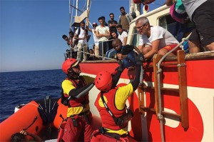 proactivia open arms migranti rifugiati 1