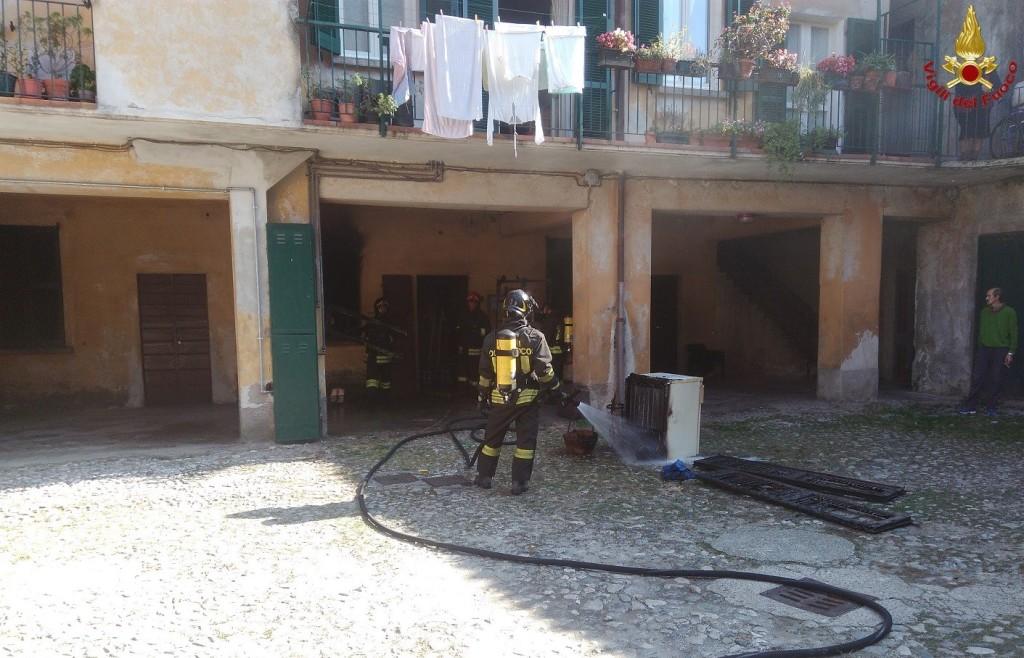 vigili del fuoco - pompieri - incendio galbiate