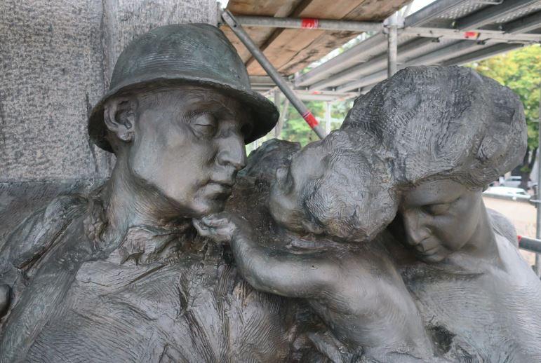 monumento caduti restauro bronzo1