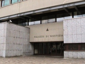 Tribunale-di-Como-300x225